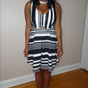 Dresses - Alternating Striped Flare Dress
