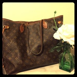 *sold on M* LV Neverful GM