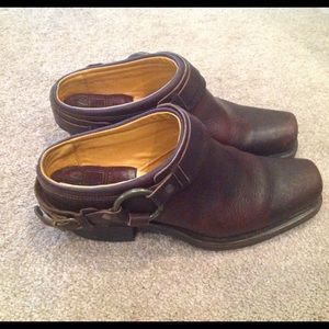 Frye Shoes - FRYE Belted Harness Mules