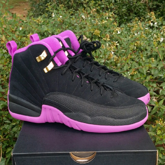 buy online 4fae5 e67f2 NIKE AIR JORDAN 12 RETRO