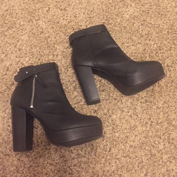 h m 06 25 17 price is firm h m platform boots 9 5 from