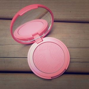 tarte Other - ⬇ Tarte Amazonian Clay 12-hour Blush in Blissful