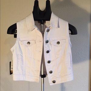 Earl Jeans Jackets & Blazers - Vest