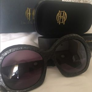 House of Harlow 1960 Accessories - HOUSE OF HARLOW Rachel Snake Skin Sunnies