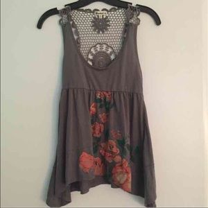 Tops - Floral Crochet top