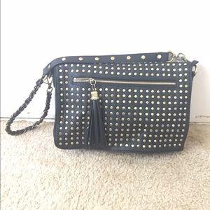 Urban Expressions Handbags - Black vegan Urban Expressions shoulder bag