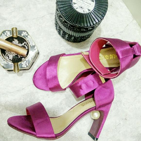 d0096c850619 Nicholas Kirkwood  Maeva pearl sandal in Fusion. M 57e046d2fbf6f96e000006be