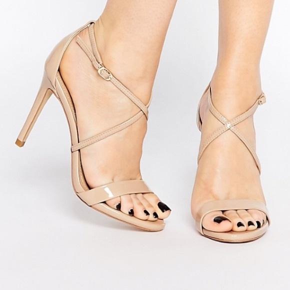 abfaa496744 Steve Madden Floriaa strappy heel sandals 9. M 57e04887d14d7b357c000d93