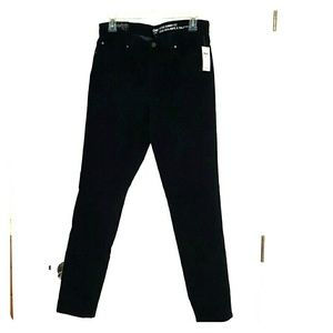 NWT GAP Mid Rise Skinny Fit Jeans