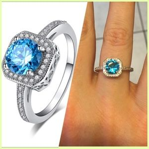 4 Bidden Boutique Jewelry - NEW GORGEOUS SILVER RING