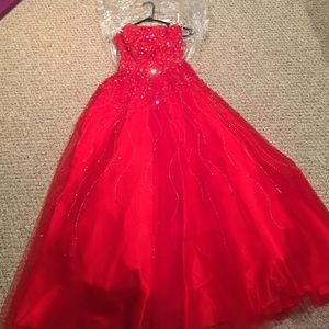 Red Prom/Homecoming Dress