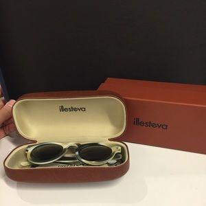 Illesteva Accessories - 💰 FINAL 💰 NIB Illesteva Leonard sunglasses