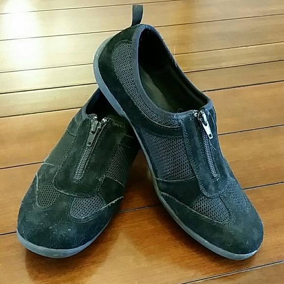 e608d703df508 cobbie cuddlers Shoes | Womens | Poshmark