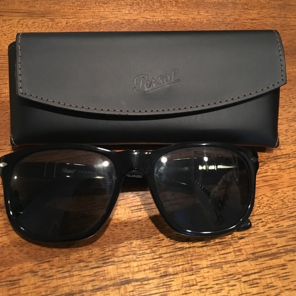 bfe720cf85 Black Persol sunglasses. M 57e0663d7f0a056623004d4a