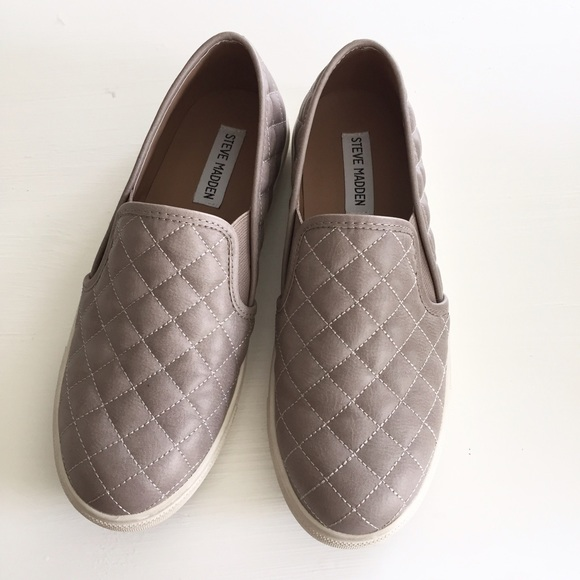 9d0070bb614 Steve Madden Ecentrcq slip on grey 8. M 57e06d47a88e7dc26e0060cd