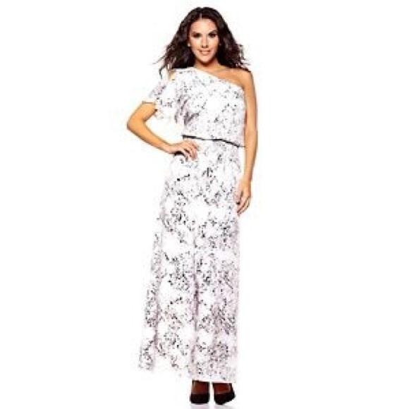 Jessica Simpson White Maxi Dress