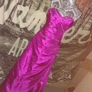 Jump Dresses & Skirts - Fuschia prom gown!