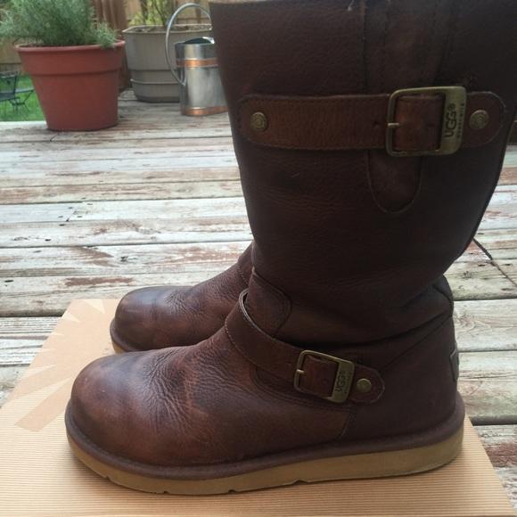 UGG Australia women's Sutter casual boot size 8