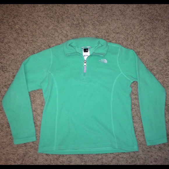 5692823a0 Authentic The North Face sweater pullover- girls L