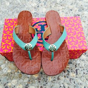 ✨🆕✨{Tory Burch} Biscay Thora Sandals