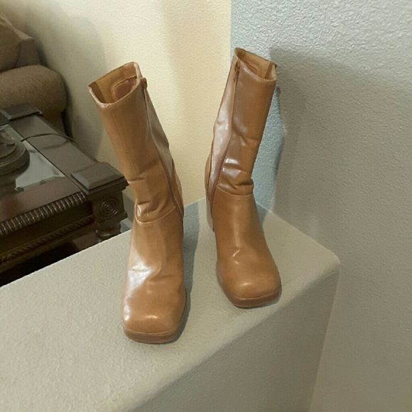 Camel color stacked heel boots, square toe, zip up