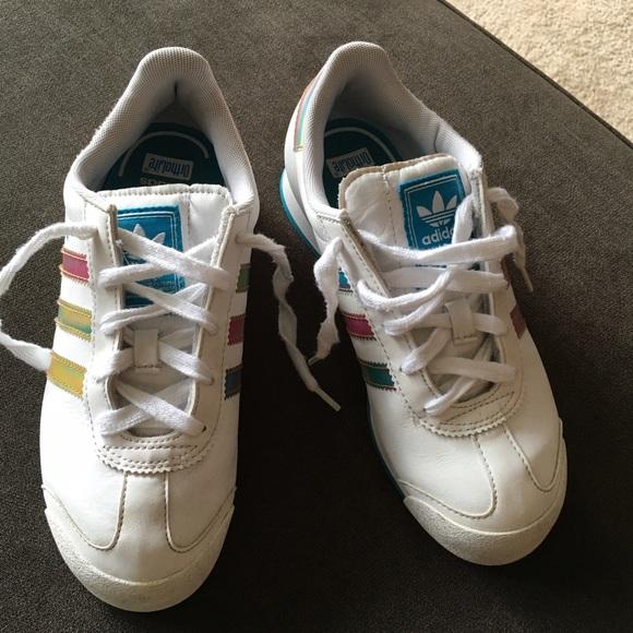 le adidas samoa sz 3 giovani donne poshmark numero 5