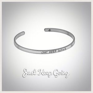 Love This Life Positivity Bracelet