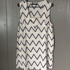 Oasap Dresses & Skirts - Black & White Zigzag Print Shift Dress