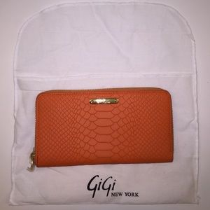 GiGi New York Large Zip Around Wallet