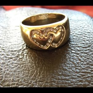 Jewelry - 14K White gold ring with 2 diamond hearts