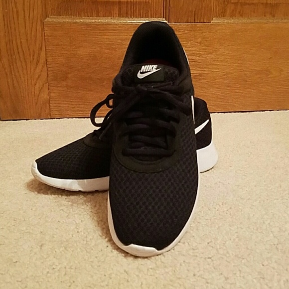 Abuelo Won cepillo  Nike Shoes | Womens Comfort Footbed Athletic | Poshmark