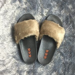 Clearance* Fur Sandals - Taupe