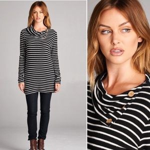 Tops - 🎉HOST PICK!🎉 S-L Striped Tunic W/elbow patches