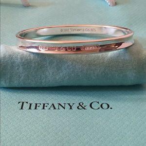 Tiffany & Co. Jewelry - 💥Vintage Tiffany Bangle Authentic