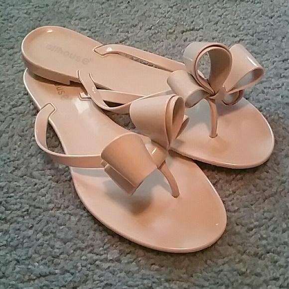 c51987b9f Dollhouse Shoes - Dollhouse big bow flip flops