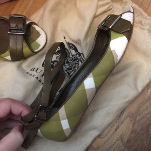 Burberry flats with ankle strap
