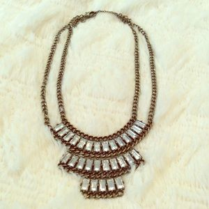 Beautiful baublebar statement necklace