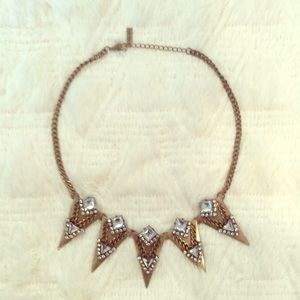 Beautiful statement necklace by baublebar