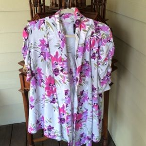 New Directions Tops - Floral very soft top