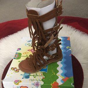 Link Other - Little girls gladiators Sz 11  shoes