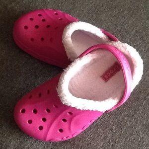 44b5ebb7d8 CROCS Shoes - Childs fur lined Crocs beautiful hot pink color.