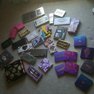 Makeup Raffles!