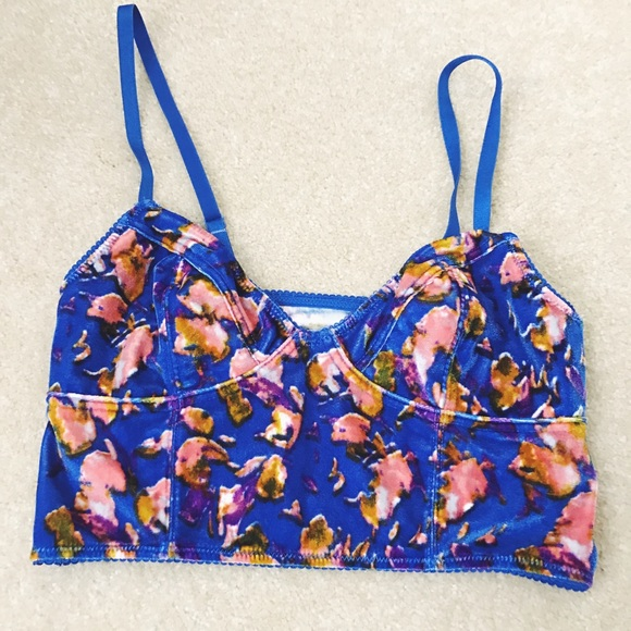 b451623c54c0d1 Free People Tops - Free People Velvet Floral Crop Top Bralette