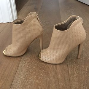 Shoes - Bootie