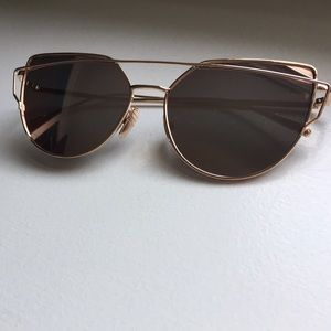 dd6178e533 Forever 21 Accessories - Mirrored gold   pink cat eye sunglasses with case