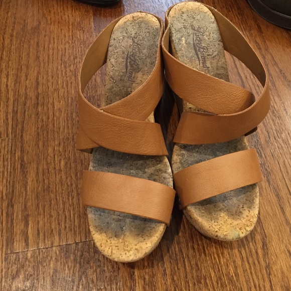 3c9377c0fe73 Lucky Brand Shoes - Lucky Brand cork wedge
