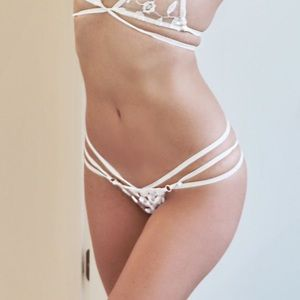 La Perla Other - Born to Die brief