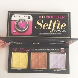 NEW Too Faced Selfie Powder Palette
