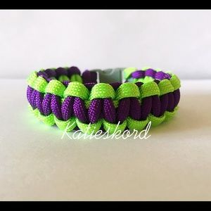Jewelry - Green and Purple Paracord Bracelet