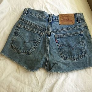 Renewed Levi's shorts from Urban Outiftters